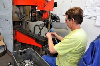 Výroba upevňovacích systémů, Solida